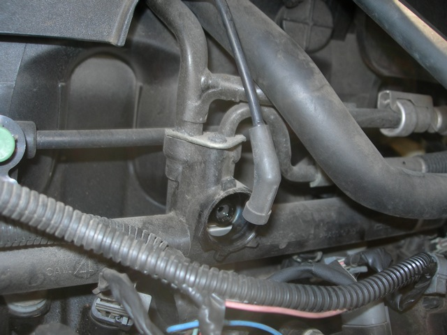 Changing a Fuel Pressure Regulator on hard starting 2000